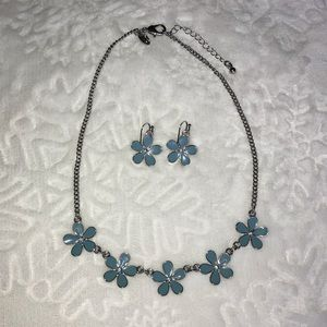 Green Flower Statement Necklace + Earring Set NWOT